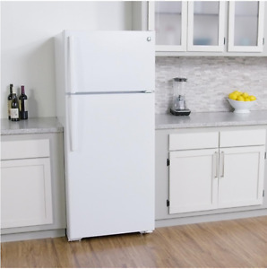 Refrigerator,Coil top Electric Range, vent hood in White