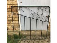 Free gate for collection Acton Central