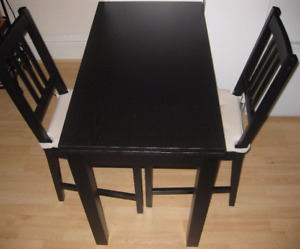 Ikea BJURSTA extendable table with chairs