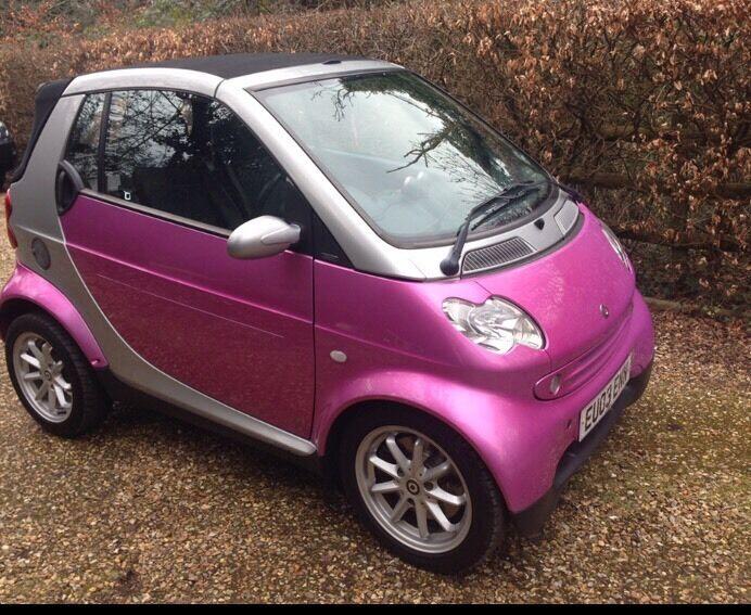 pink convertible smart car in swansea gumtree. Black Bedroom Furniture Sets. Home Design Ideas