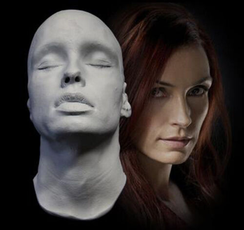 Famke Janssen 1:1 Life Mask -  X-Men - Taken - GoldenEye