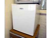 Very good little FRIDGEMASTER Tabletop Fridge 49 litres £19