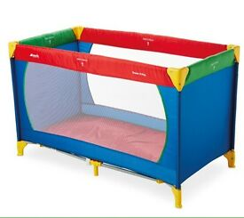 BRAND NEW HAUCK DREAM N PLAY TRAVEL COT