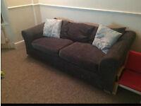 Three seater sofa (seatee)