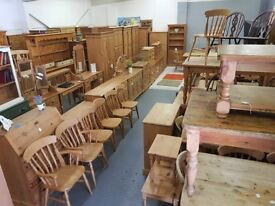 SUSSEX PINE ONLINE - WARDROBES TABLES CHAIRS DRESSERS SECOND HAND PINE FURNITURE