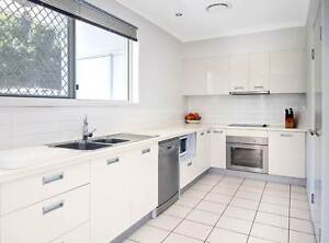 4 BED AIR CON TOWNHOUSE WITH 2 ENSUITES - SALISBURY Salisbury Brisbane South West Preview