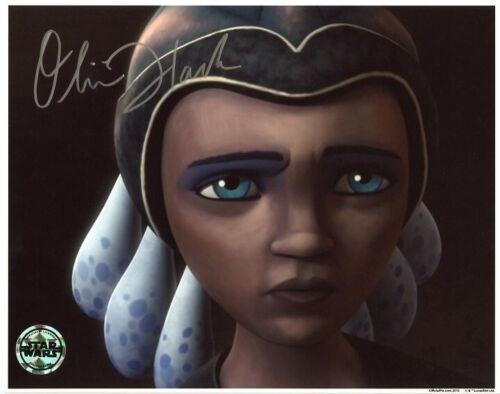 AUTOGRAPHE SUR PHOTO 20 x 25 de Olivia HACK signed in person Official Pix OPX