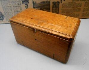 Boites d'Accessoires Singer Antique