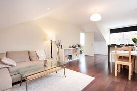 SUPERB, CHARACTERISTIC, LARGE 3 BED VICTORIAN FLAT, STOKE NEWINGTON! VERY MODERN AND BRIGHT!