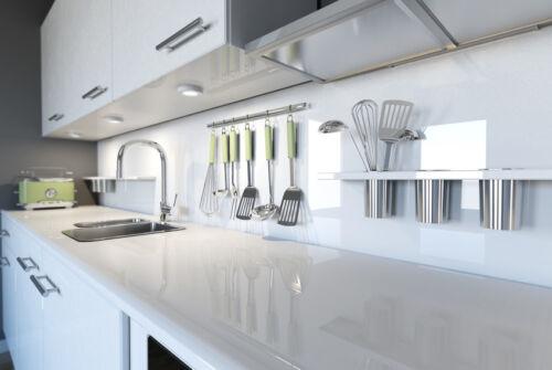 Echte Stauraum-Wunder: Hochschränke für Küchen zur Aufbewahrung und zum Einbau von Geräten