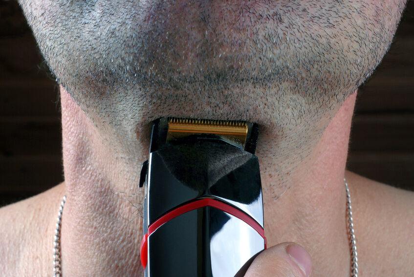 Wie reinigt man einen Barttrimmer?