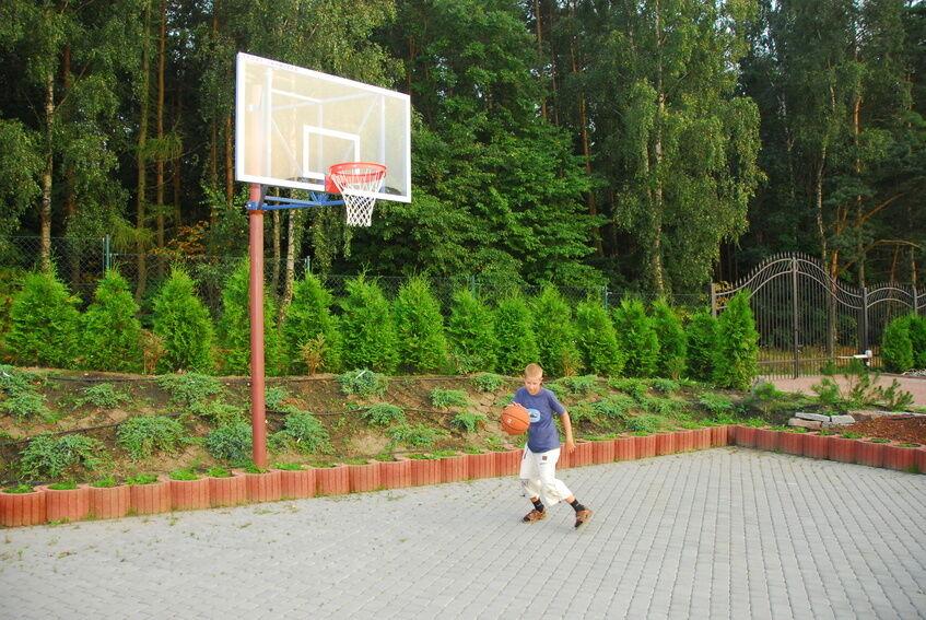 Home Base: Basketballkörbe für Hof und Garten