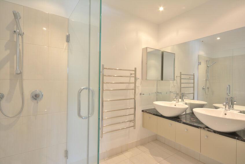 Top Bathroom Renovating Tips