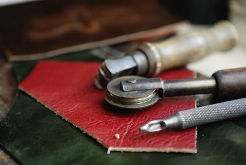 Your Guide to Buying Leather Craft Essentials