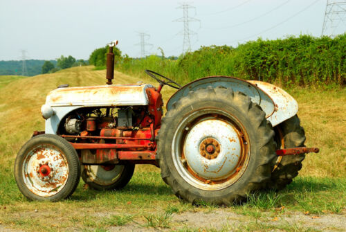 Oldest Antique Tractors : The dos and donts of buying antique tractors ebay