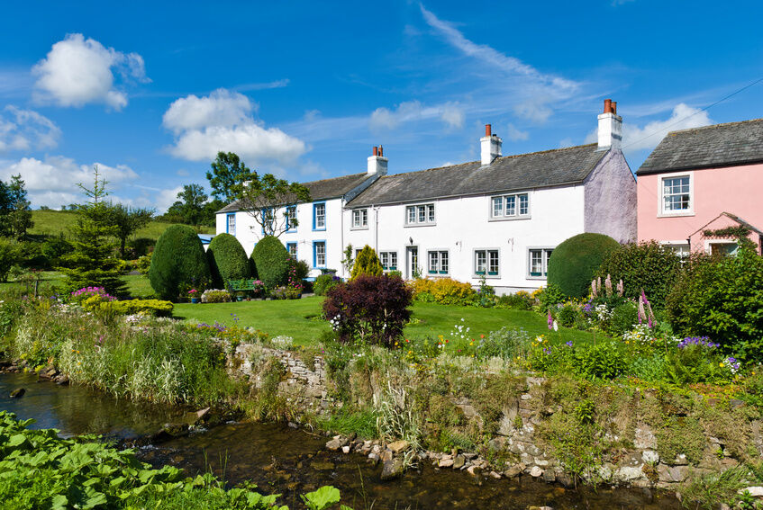 Beautiful Cottage For Holidays: How To Choose A Holiday Cottage In The Lake District