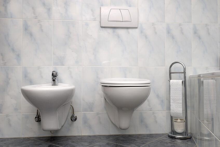 So bringen Sie ein Bidet fachgerecht in Ihrem Bad an