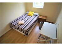 LARGE ENSUITE ROOM WITH PRIVATE BATHROOM & GARDEN IN SEVEN SISTERS