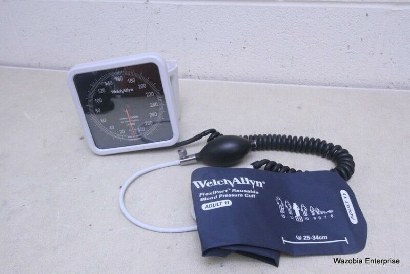 WELCH ALLYN TYCOS BLOOD PRESSURE SPHYGMOMANOMETER CRITIKON BP CUFF 11