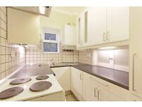 Charming two bedroom flat in Tulse Hill. Available immediately.