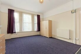 Beautiful studio flat in South Croydon. WATER RATES INCLUDED