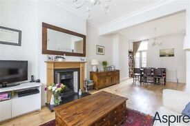 Fantastic four bedroom house on Brudenelle Road located seconds to Tooting Bec Station