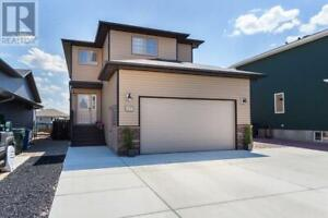 107 Ranchman Place NE Medicine Hat, Alberta