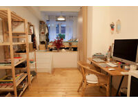 Huge bedroom/living warehouse space available on Bethnal Green Road. 1min walk from tube station