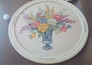 Beautiful, Vintage Round Framed Floral Print Kitchener / Waterloo Kitchener Area image 1