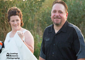 Special Wedding Offer $ 600.00 includes engagement session London Ontario image 3