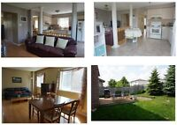 CLEAN AND BRIGHT DETACHED HOUSE IN POPULAR HOLLY NEIGHBOURHOOD