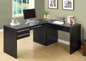 Desk.. Bureau