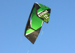 Kitesurfing Gear for sale - 2 kites (+bars) 1Board