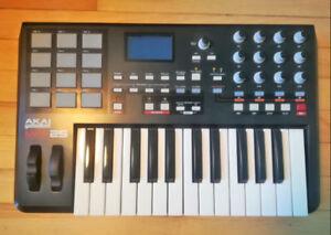 Akai MPK25 Keyboard MIDI