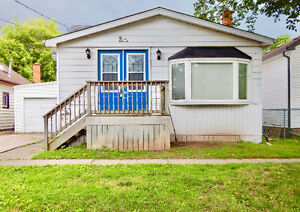 JUST LISTED IN PORT DALHOUSIE!!