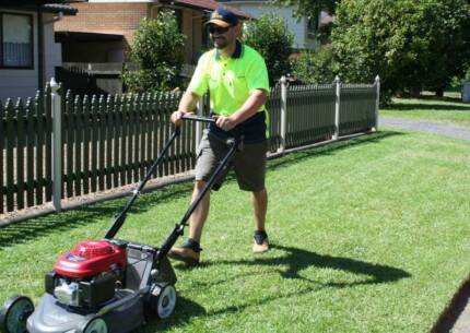 Lawn mowing business easy to operate lifestyle change, 5 day week Morayfield Caboolture Area Preview
