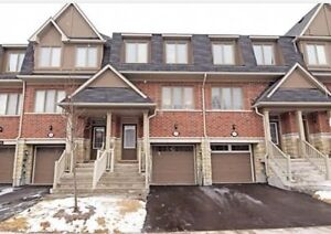 Townhouse for rent - 1394 Granrock Cres Mississauga