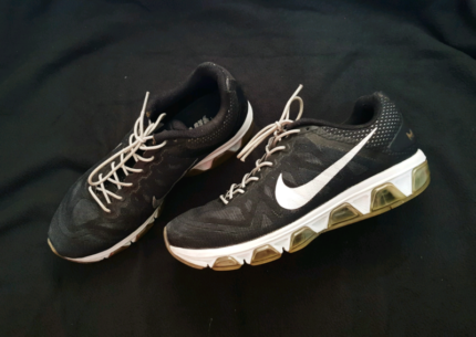 Nike Air Max | US SIZE 9.5 MEN / UK 8.5 / 43 / 27 GREAT CONDITION