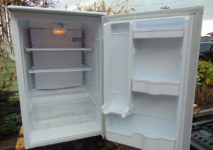 "FULL-BAR-FRIDGE ""EXCELLENT CONDITION"""