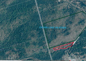 3.4 Acre Lot Butting Up To 100 Acres of Crown Land