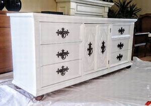 Solid wood 9 drawer kroehler made in Canada