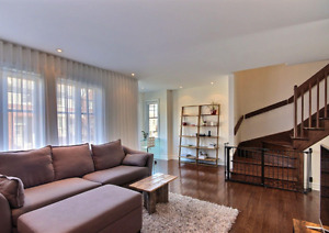 TOWN HOUSE LAVAL CHOMEDEY