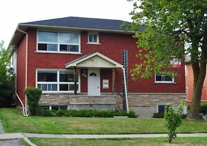 Just 2 Blocks to Wilfred Laurier - Student Rooms for Rent