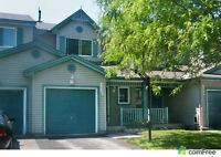 Must Be Seen! Beautiful 3 Bedroom Townhouse in Carleton Place