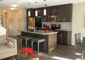 3 Bedrooms Duplex Southwest Edmonton, Orchard Garden