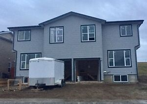 4PLEX Rental in Coalhurst - Utilities Included
