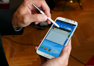 Mint and Unlocked Samsung Galaxy Note 2 White - $140