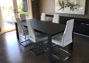Italian Leather Calligaris Dining Chairs (6) and Dining Table