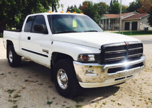 2001 Dodge Ram 2500 Cummins Pickup Truck