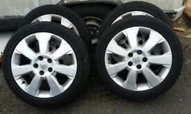 Vauxhall Vector alloys and tyres